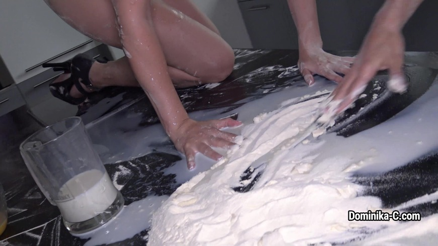 Dominika c Cook with Jasmine Jazz nude  .. soo messy soo funny .- soo long.. . we had fun . check :-) - clip cover-front