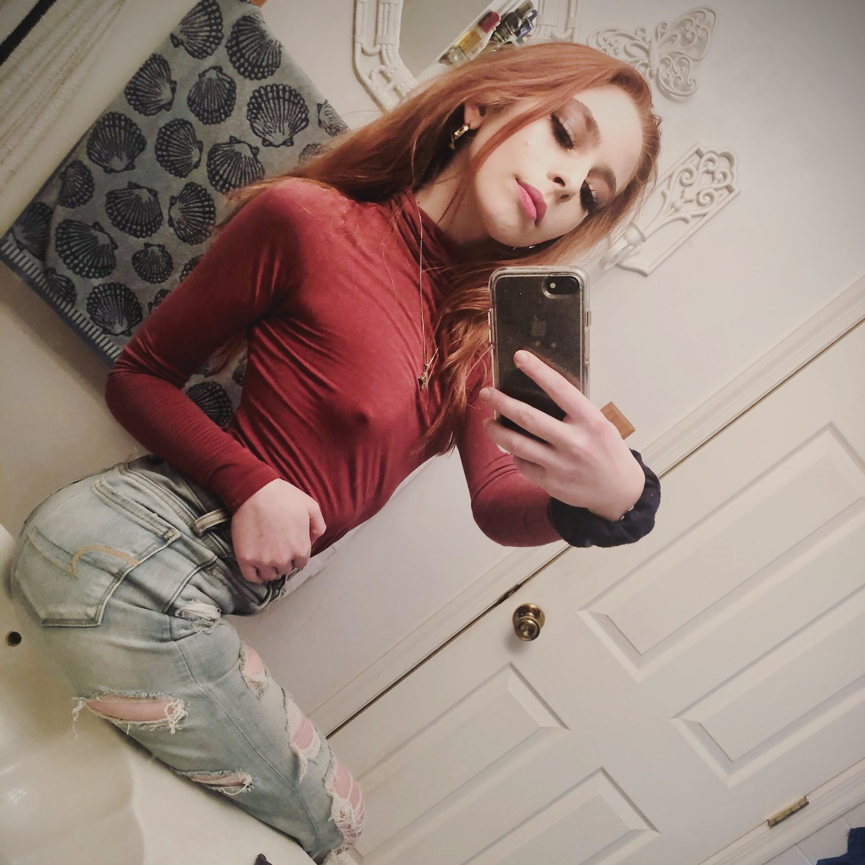 Emily Faye - profile image - 3