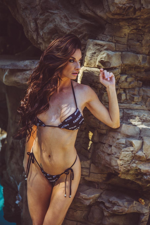 Silvia Saige - profile image - 4
