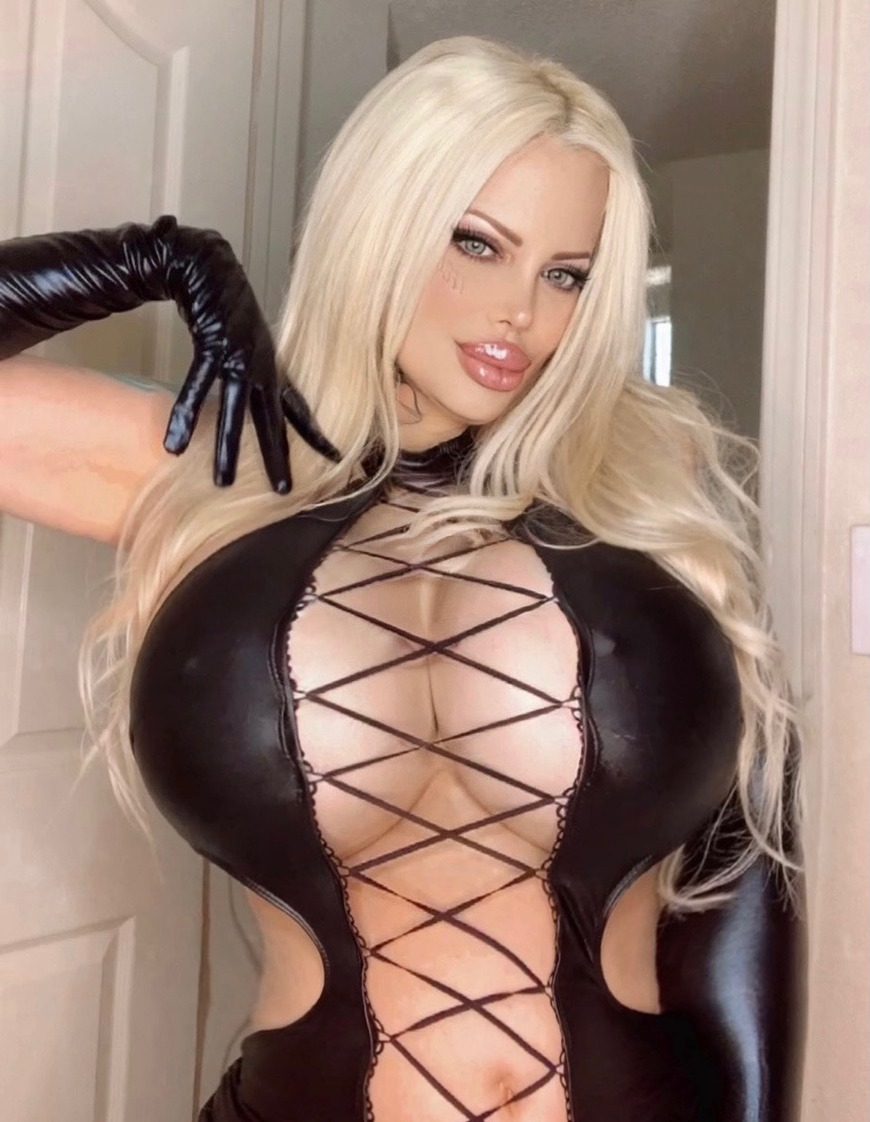 Ask me for ��� Custom Videos! 🎬💦💦💦 - post image