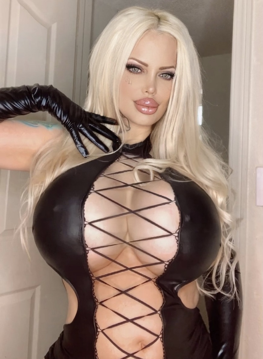 Subscribe and enjoy all my XXX Videos!! 😈💦 - post image
